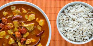 How To Make Simple Massaman Vegetable Curry with Tofu