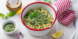 How To Make Spinach Herb Pistachio Pesto Pasta